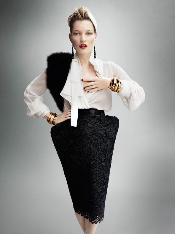 Съёмка: Кейт Мосс для британского Vogue. Изображение № 4.