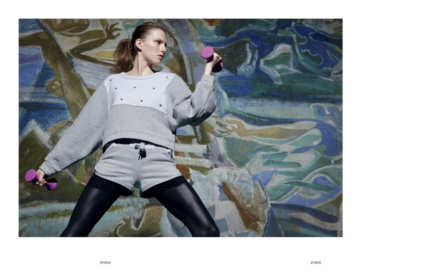 Лукбуки: H&M, Zara, Urban Outfitters и другие. Изображение №136.