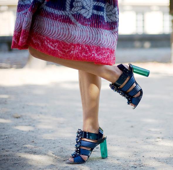 Street Style: Paris Fashion Week. Изображение № 8.