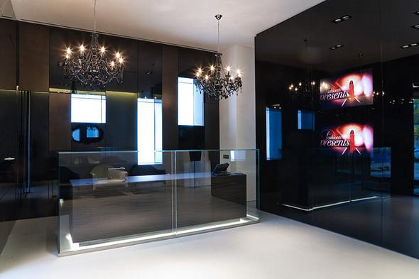 ВМоскве открылся Французский fashion showroom «ATYPIK». Изображение № 2.