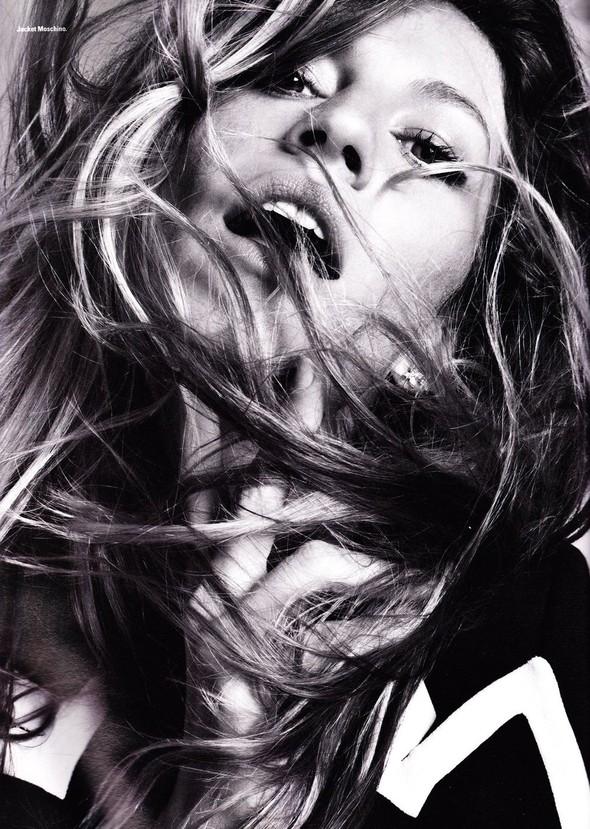 Съёмка: Жизель Бундхен для i-D. Изображение № 5.