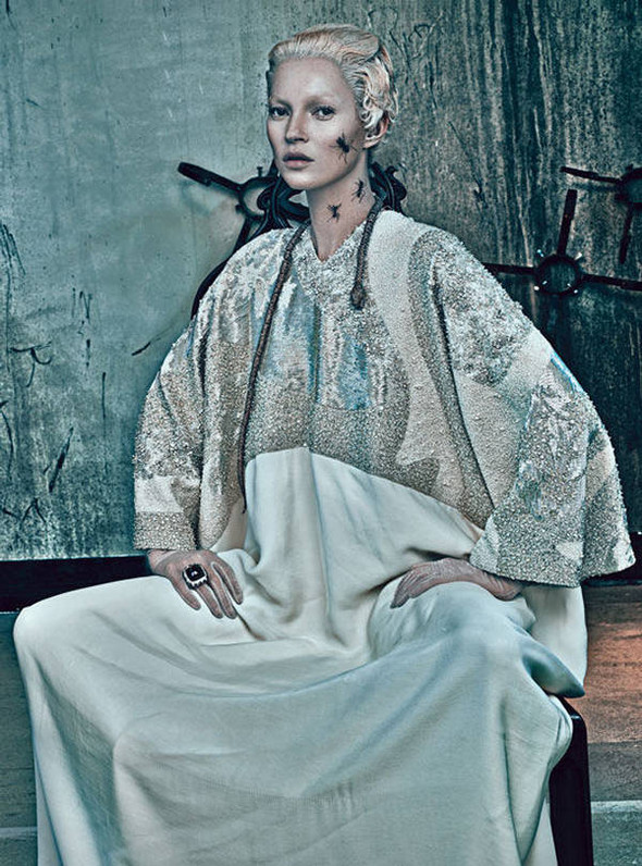 Kate Moss (КЕЙТ МОСС) для W Magazine. Изображение № 9.