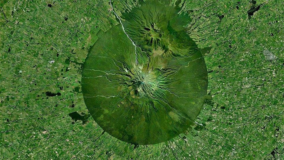Снимки из космоса, напоминающие о хрупкости природы. Изображение № 19.