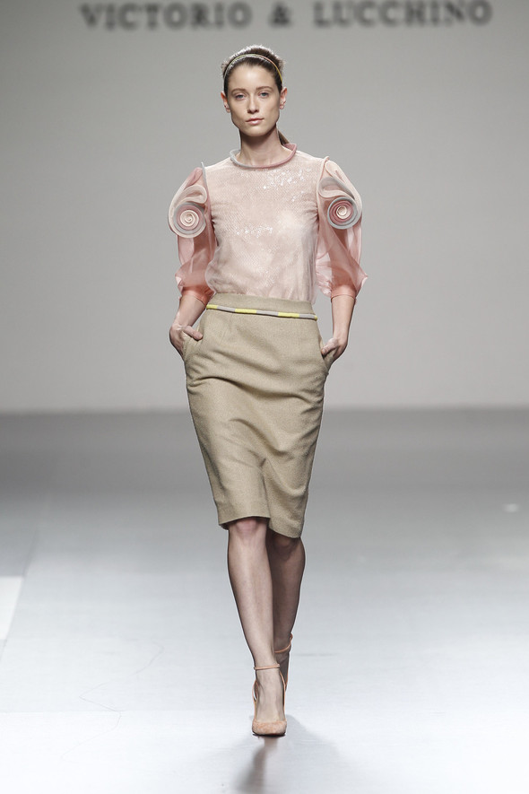 Madrid Fashion Week SS 2012: Victorio & Lucchino. Изображение № 10.
