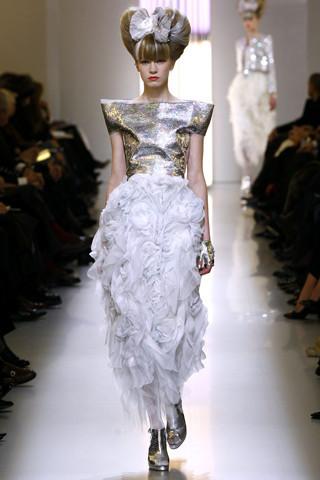 Неделя моды в Париже: Haute Couture. Изображение № 49.