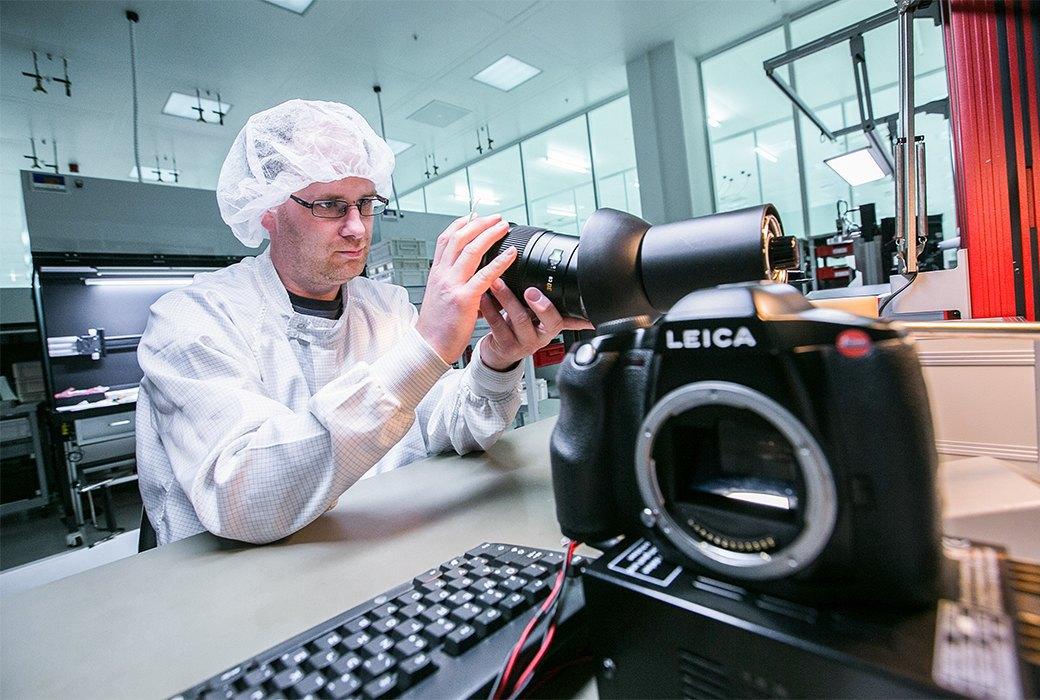 Как производятся самые желанные фотоаппараты в мире. Изображение № 11.