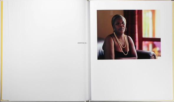 12 альбомов фотографий непривычной Африки. Изображение № 103.