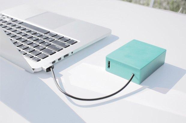 Создана бессмертная батарея для MacBook. Изображение № 1.