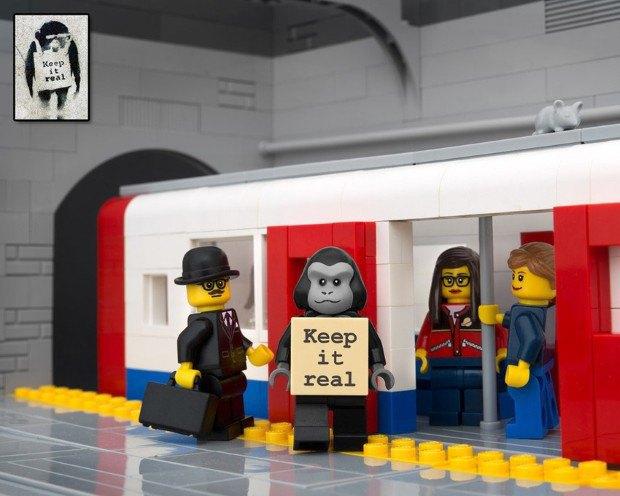 Работы Бэнкси воссоздали в конструкторе LEGO. Изображение № 5.