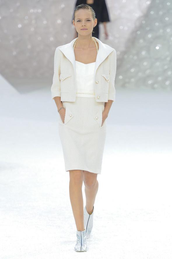 Chanel на Парижской неделе моды. Изображение № 2.
