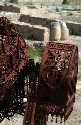 Gothic excavator sculpture. Изображение № 5.