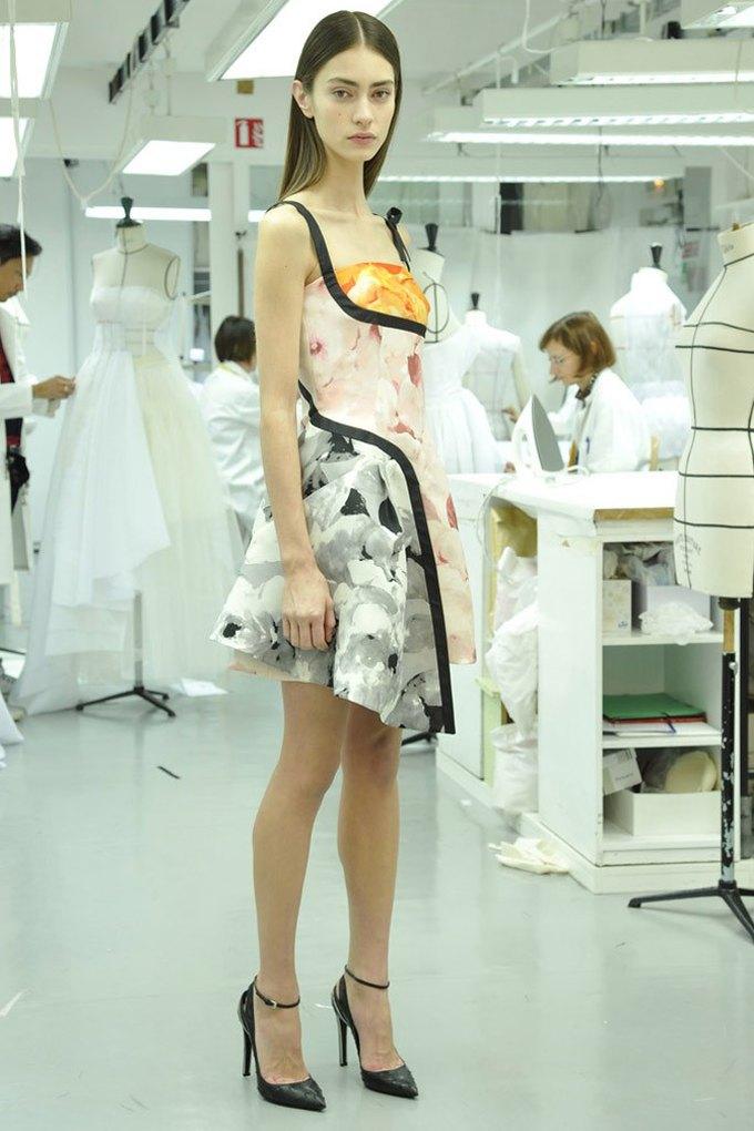 Вышли предосенние лукбуки Dior, Giles и Philosophy. Изображение № 2.