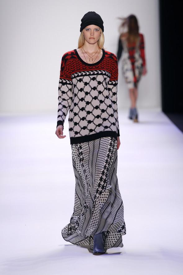 Berlin Fashion Week A/W 2012: Lala Berlin. Изображение № 30.