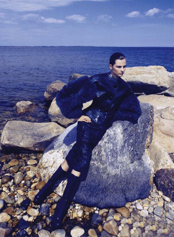 Съёмка: Бетте Франке для Harper's Bazaar. Изображение № 5.