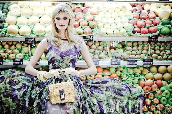 Съёмка: Констанс Яблонски для мексиканского Vogue. Изображение № 2.