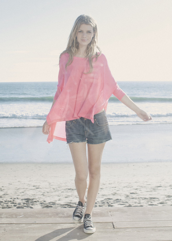 Там, где море встречается с небом. LNA Sping/Summer 2012. Изображение № 19.