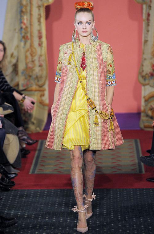 Неделя высокой моды вПариже: Кристиан Лакруа. Изображение № 6.
