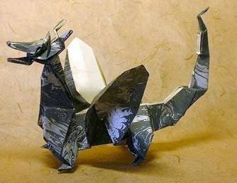 Новогодние драконы в технике оригами. Изображение № 1.
