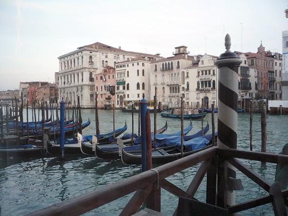 В Венеции. Изображение №1.