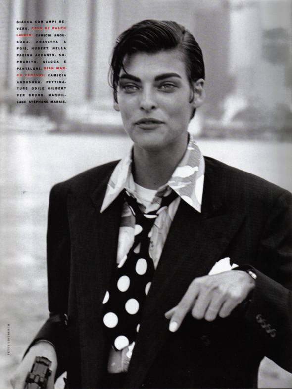 Архивная съёмка: Линда Евангелиста, Наоми Кемпбелл и Кристи Терлингтон для Vogue. Изображение № 10.