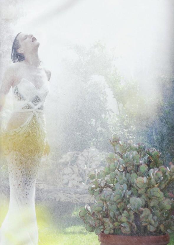 5 новых съемок: Elle, Harper's Bazaar, Numero и Vogue. Изображение № 29.