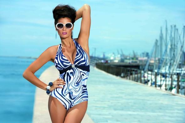 Мисс Россия-2012 дефилирует в купальнике Marc & Andre. Изображение № 5.