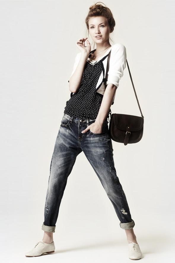 Zara Casual June 2010. Изображение № 4.