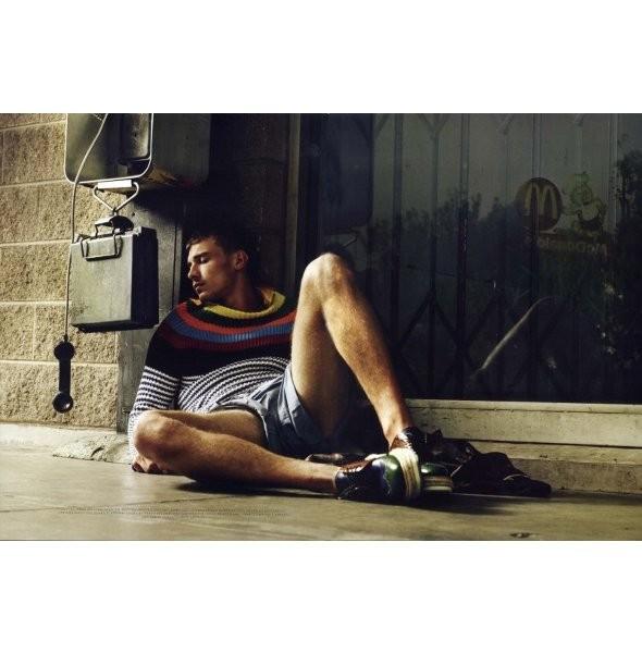 Мужские съемки: VMAN, Dazed & Confused и другие. Изображение № 26.