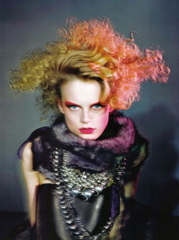Vogue Beauty Italia – November 2009 – Beauty Supplement. Изображение № 6.