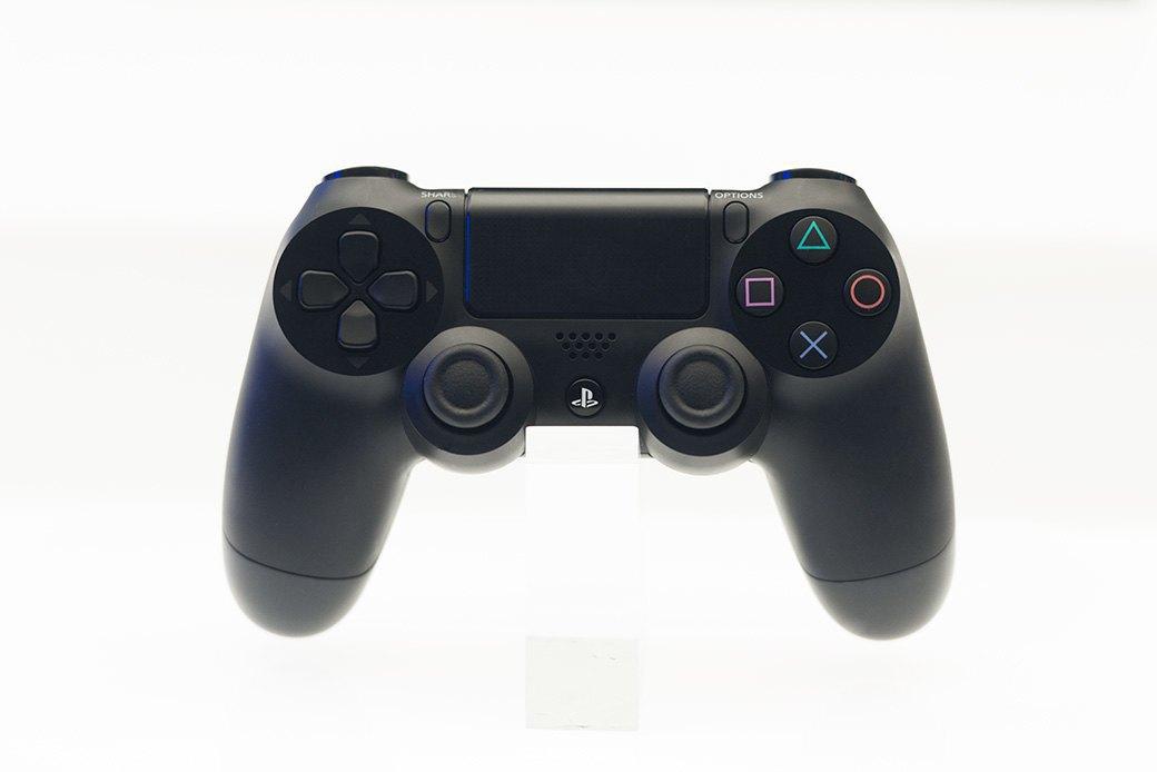 Косплей, киберспортсмены, PS4 и Xbox One на выставке «ИгроМир-2013». Изображение № 26.