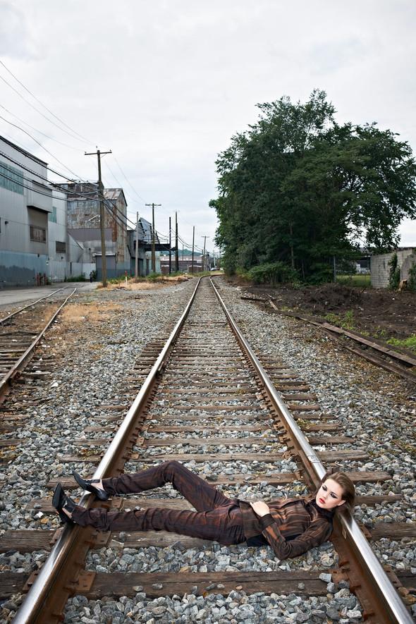 Съёмка: Линдси Уикссон в объективе Терри Ричардсона для Purple Fashion. Изображение № 4.