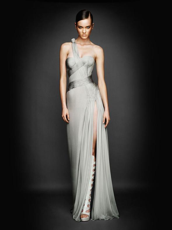 Atelier Versace FW 2010. Изображение № 3.