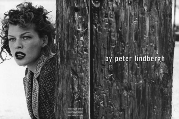 Архивная съёмка: Мила Йовович в объективе Питера Линдберга, 2000. Изображение № 2.