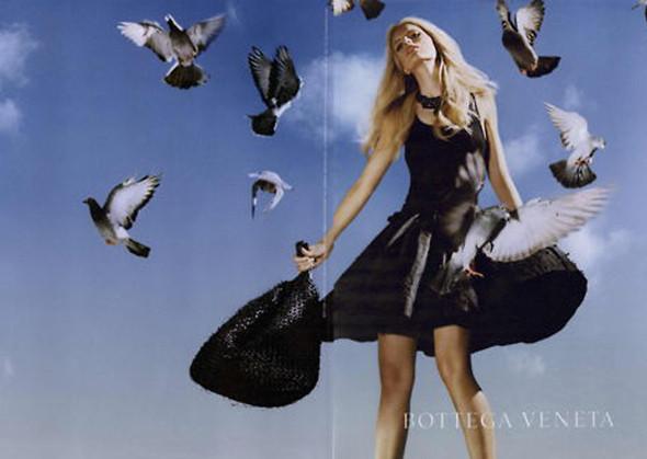 Рекламная компания Bottega Veneta весна-лето 2011. Изображение № 18.