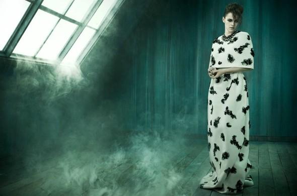 Съёмка: Кристен Стюарт для итальянского Vogue. Изображение № 7.