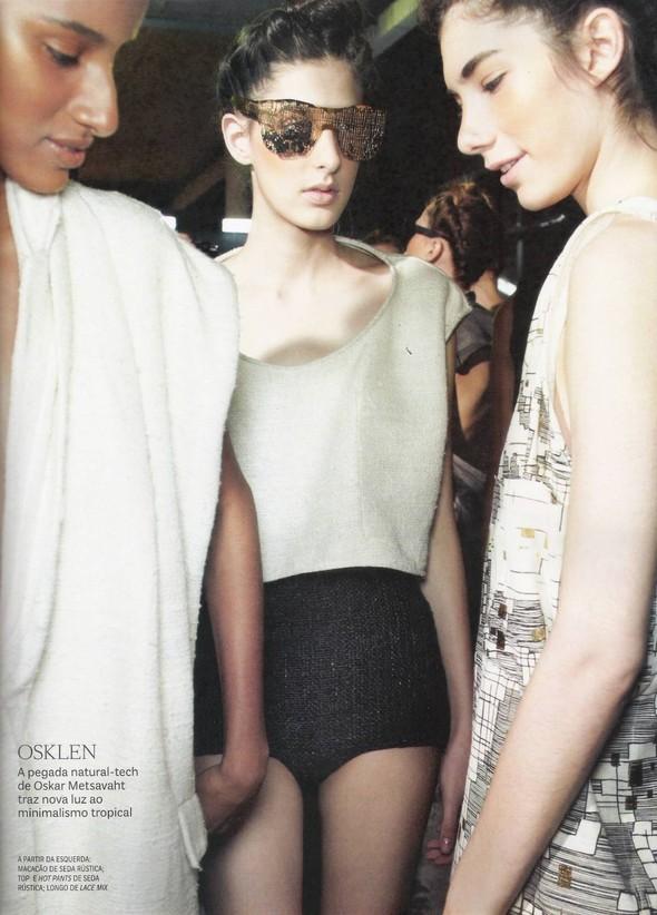 Съёмка: фотографии с бэкстейджей в бразильском Vogue. Изображение № 6.