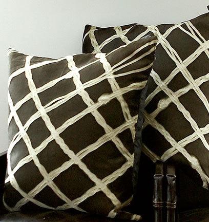 Необычные подушки отAviva Stanoff. Изображение № 9.