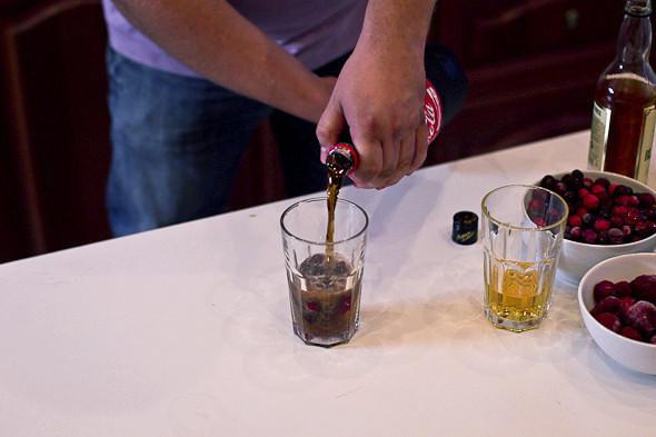 Пляшем дома: Коктейли для домашней вечеринки. Изображение № 19.
