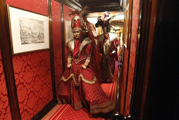 Венецианский карнавал масок. Изображение № 15.