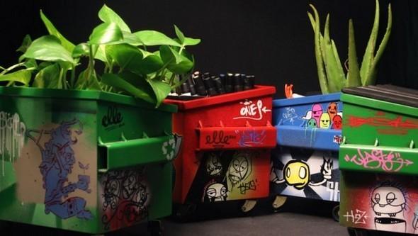 Настольные граффити-контейнеры для цветов и всякой всячины. Изображение № 13.