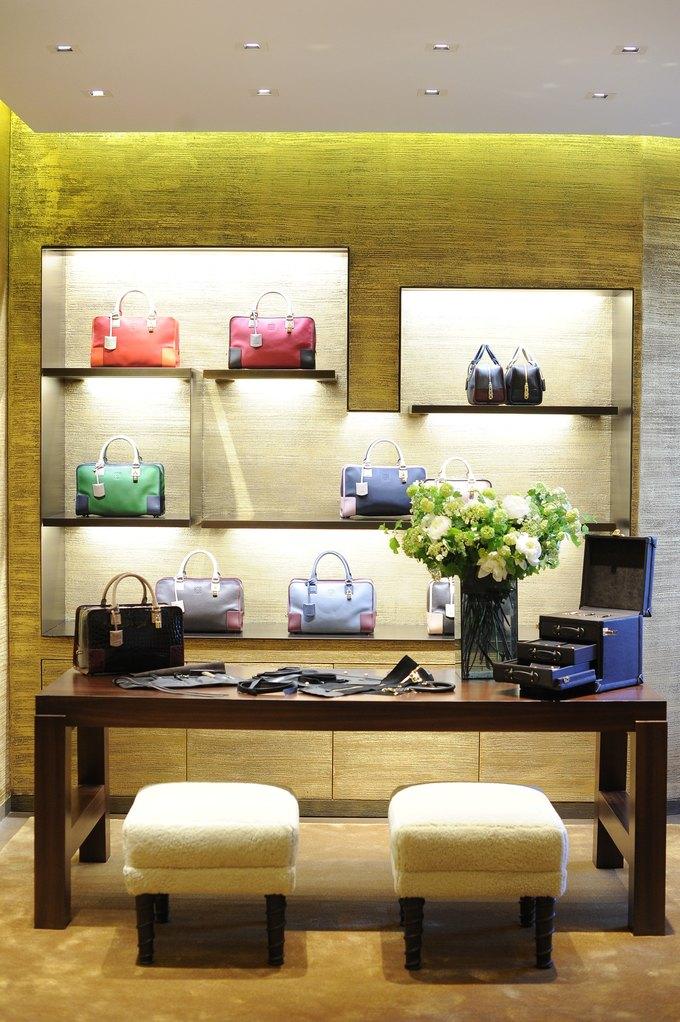 Loewe, Louis Vuitton и MM6 открыли новые магазины. Изображение № 4.