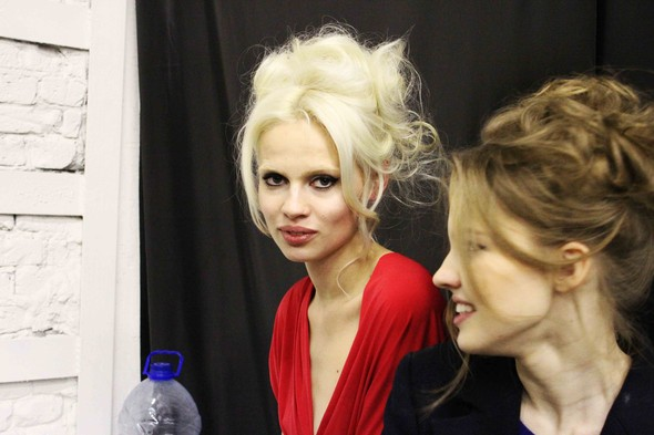 Ulyana Sergeenko SS 2012. Backstage. Изображение № 11.