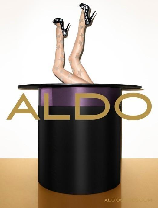 Кампания: Терри Ричардсон и Лили Дональдсон для Aldo FW 2011. Изображение № 5.