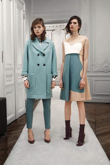 Вышли предосенние коллекции Givenchy, Celine, Chloe и других марок. Изображение № 17.