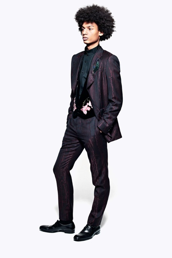 Мужские лукбуки Alexander McQueen, Comme des Garcons, Louis Vuitton и Club Monaco. Изображение № 29.