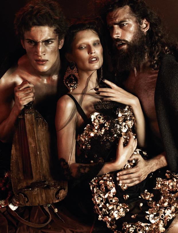 Вышли новые съемки Vogue, i-D, 10 и Interview. Изображение № 33.