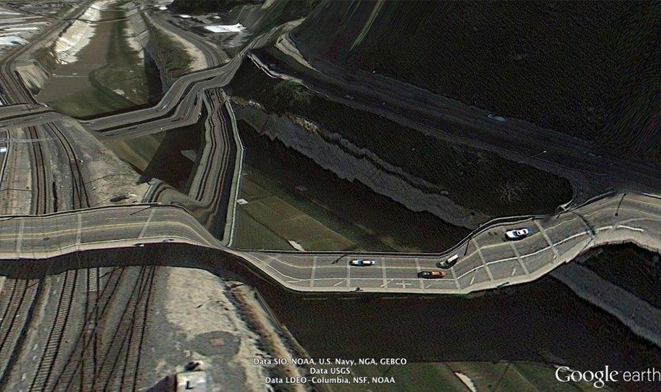 32 фотографии из Google Earth, противоречащие здравому смыслу. Изображение № 8.