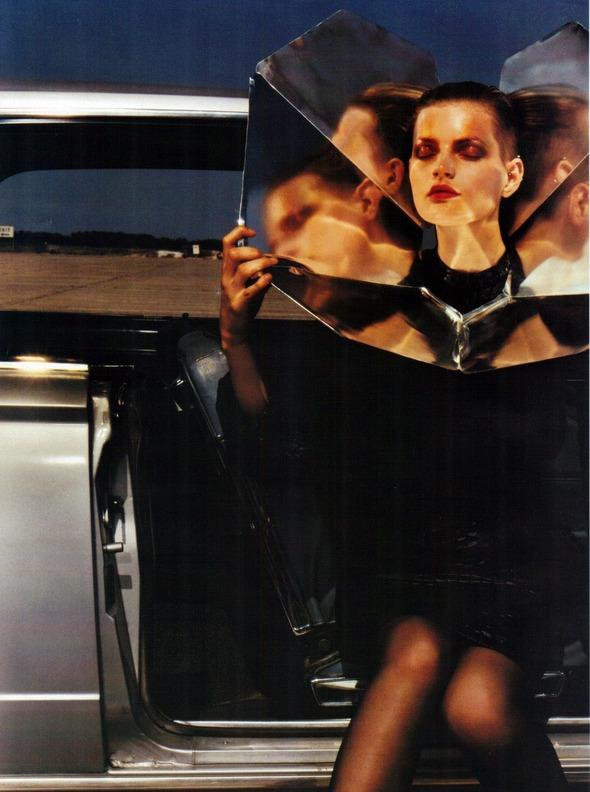 Архивная съемка: 1999 год, Жиневье ван Синус в объективе Марио Сорренти. Изображение № 6.