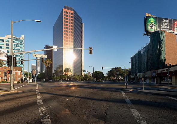 Мертвый город. Лос-Анджелес. Изображение № 10.