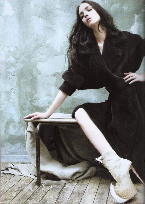 Съёмка: Мариакарла Босконо для корейского Vogue. Изображение № 1.